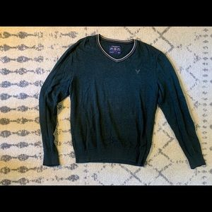 American Eagle Green V-Neck Sweater